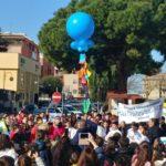 Marcia degli studenti contro il cyberbullismo. La photogallery