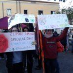 """Aprilia """"sciopera"""" per il clima. L'appello ai grandi del pianeta per cambiare rotta"""