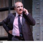 """Al Teatro Europa si esibisce Carlo Buccirosso in """"Colpo di scena""""."""