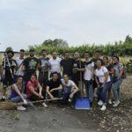 """""""Iniziamo da me"""": continua la pulizia delle aree verdi da parte dei giovani."""