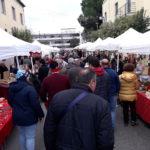 Partenza con il botto per il Mercatino di Natale in Piazza Roma.