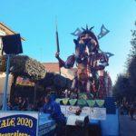 """Carnevale Apriliano, trionfa Quartiere Primo con """"L'Armata Brancaleone""""."""